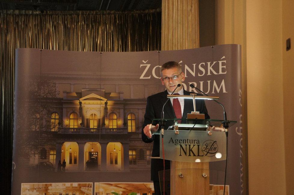 Prezident Asociace obranného a bezpečnostního průmyslu Jiří Hynek je kandidátem Realistů na prezidenta.
