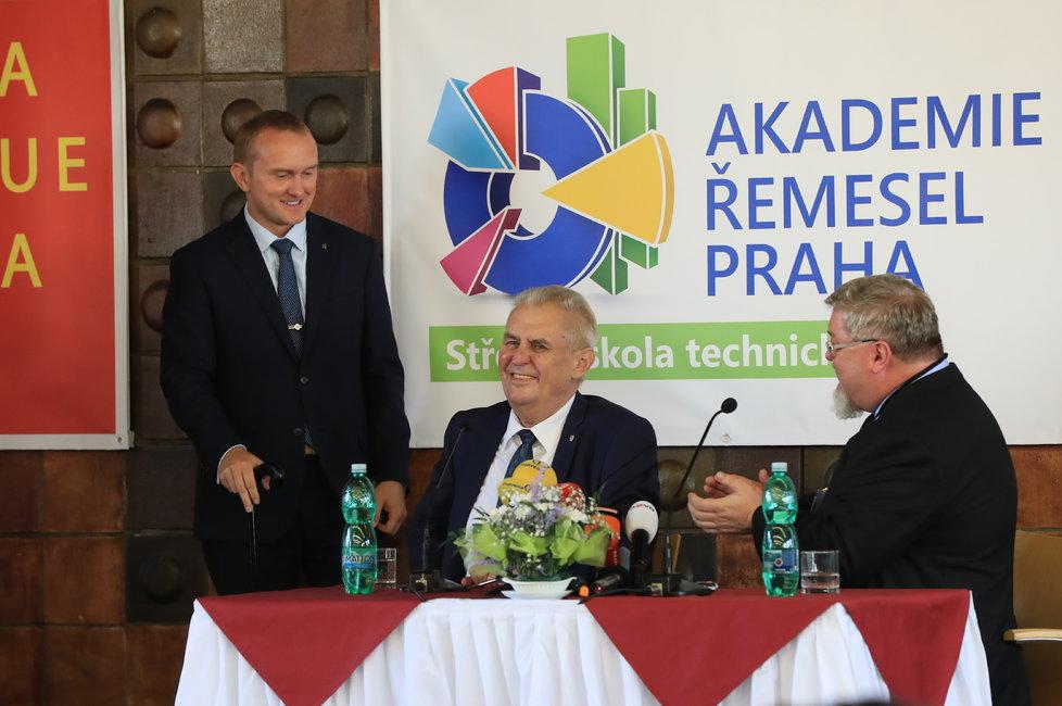 Návštěva prezidenta Miloše Zemana na zahájení nového školního roku na Akademii řemesel
