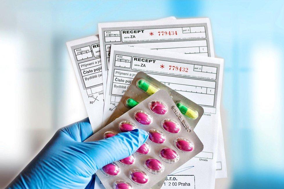 Může se stát, že vám lékárník vydá jiné léky, než které budete mít napsané v průvodce, lékař totiž může eRecept upravovat, dokud si přípravky v lékárně nevyzvednete.
