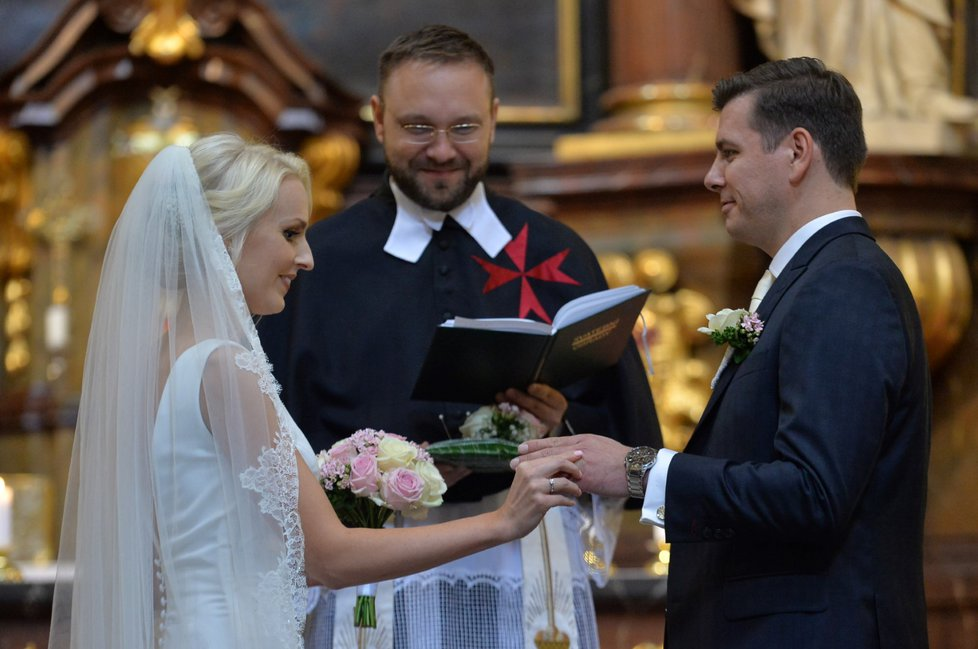 Svatba ekonomického experta ODS Jana Skopečka s Lucií Klimkovou
