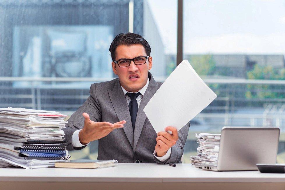 Pokud dostanete výpověď, pak vaše minimální nároky vyplývají přímo ze zákoníku práce.