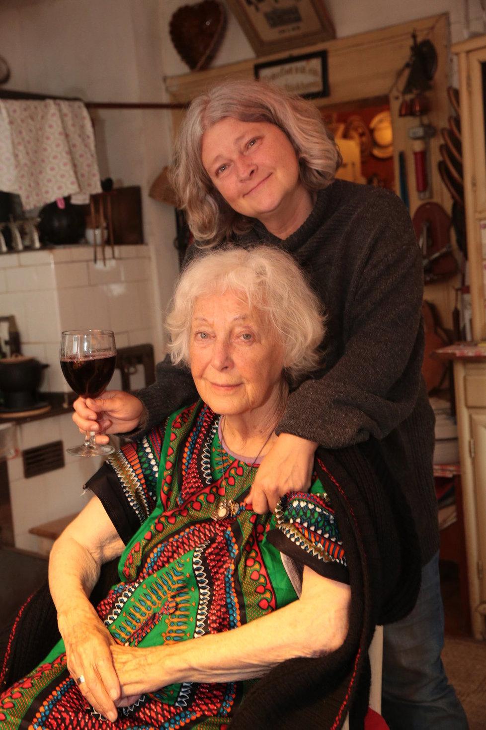 Zuzana s maminkou Květou
