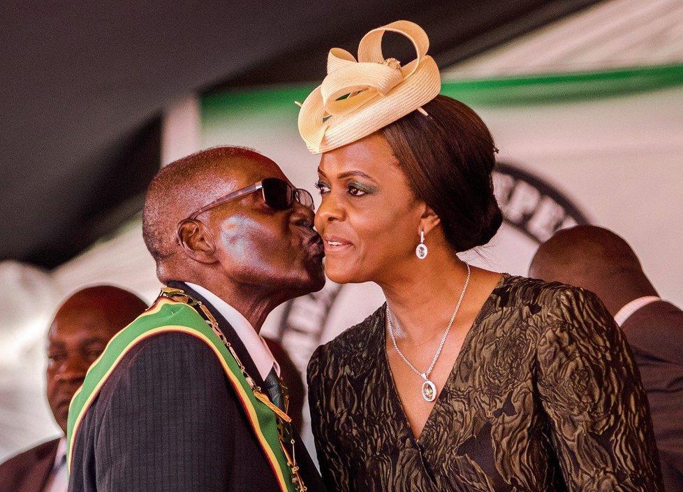 První dáma Grace Mugabeová.