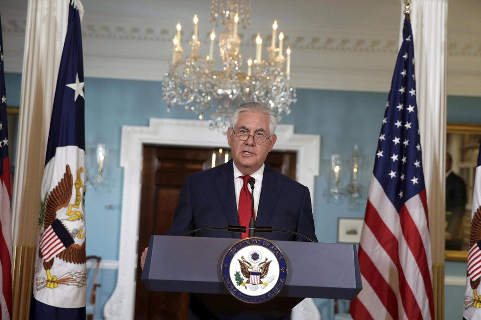Rex Tillerson byl na postu ministra zahraničí nahrazen Pompeem