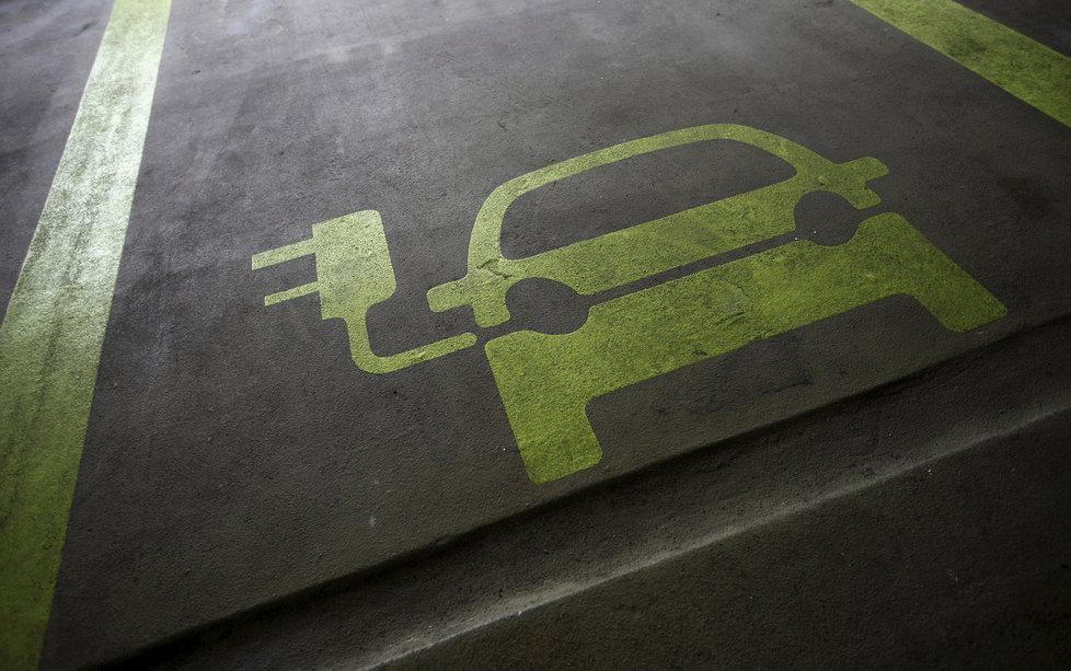 Budoucnost pro lithium? Mj. v bateriích a automobilovém průmyslu.