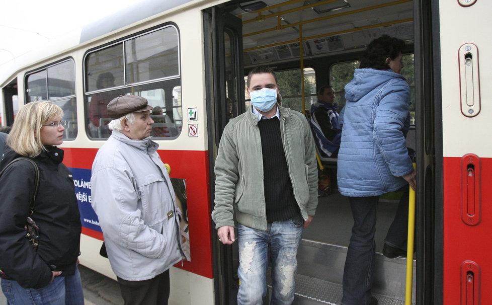 Jedním z častých míst pro přenos nemocí jsou tradičně hromadné dopravní prostředky.