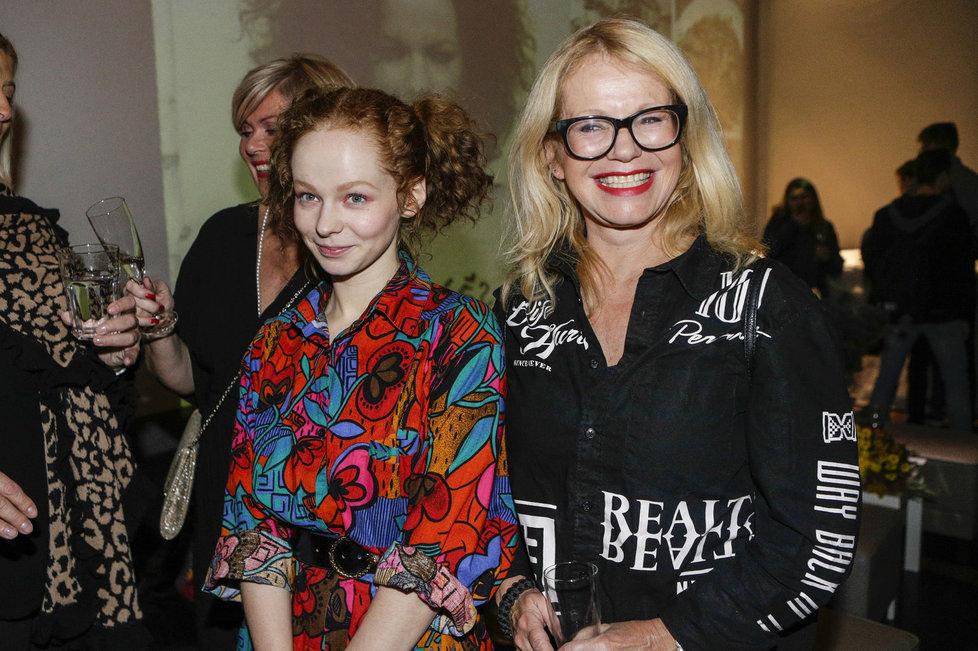 Anna Linhartová se svou matkou Jitkou Asterovou