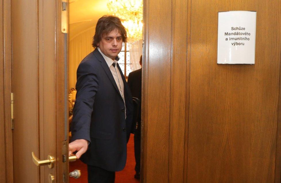"""""""Zabrušovač"""" Miloslav Rozner (SPD) ve Sněmovně"""
