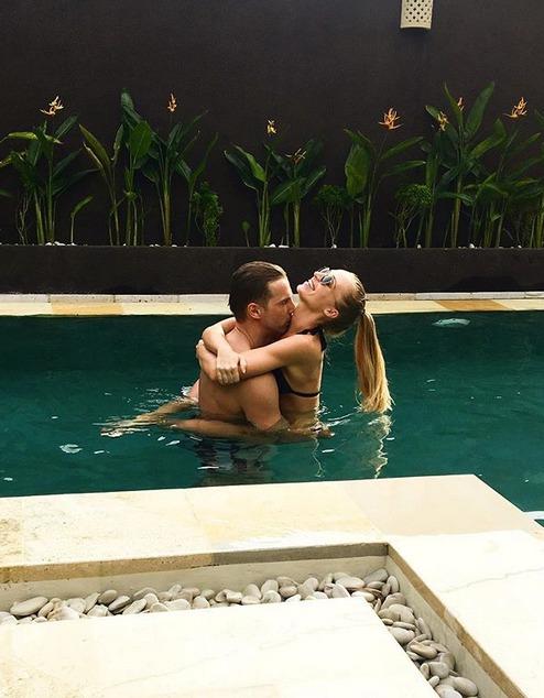 Veronika Kašáková s partnerem na dovolené na Bali