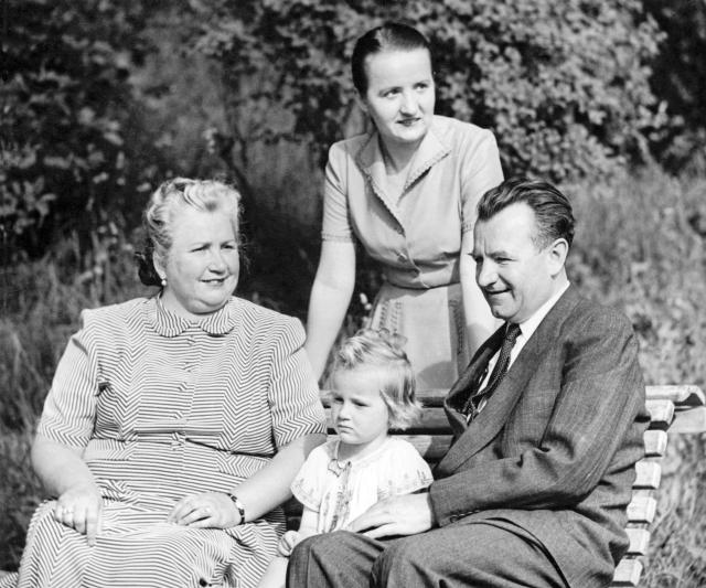 Gottwaldovi s dcerou a vnučkou