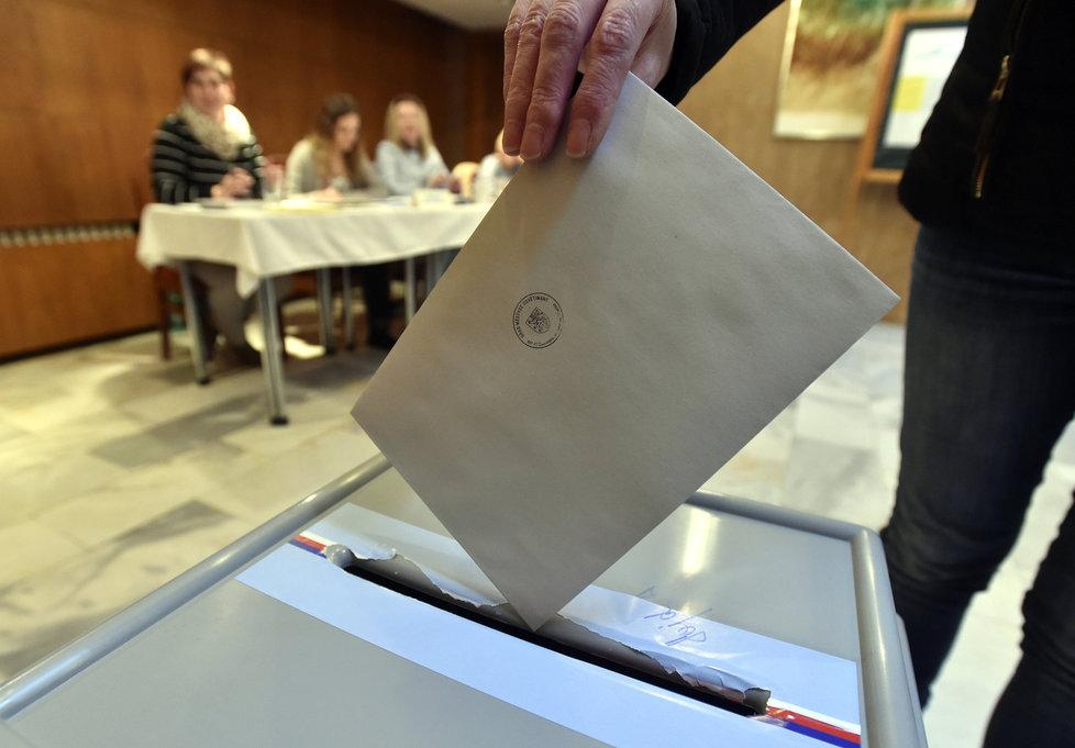 První kolo prezidentských voleb.