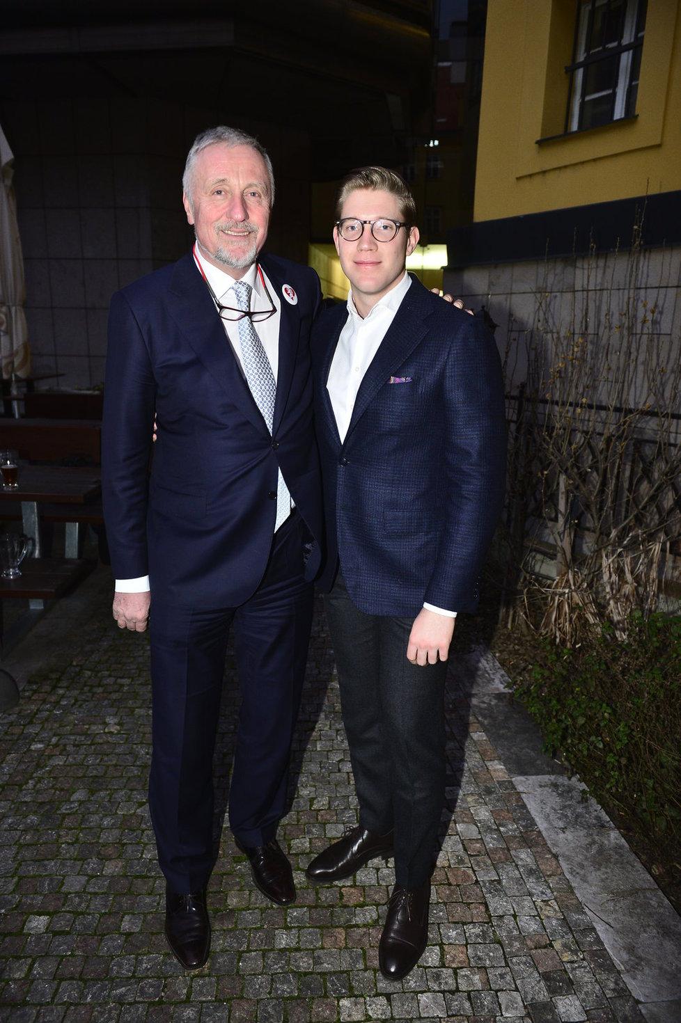 Mirek Topolánek se synem Tomášem