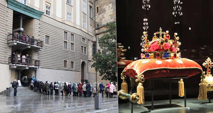 Na Hradě se první den výstavy klenotů stály dlouhé fronty.