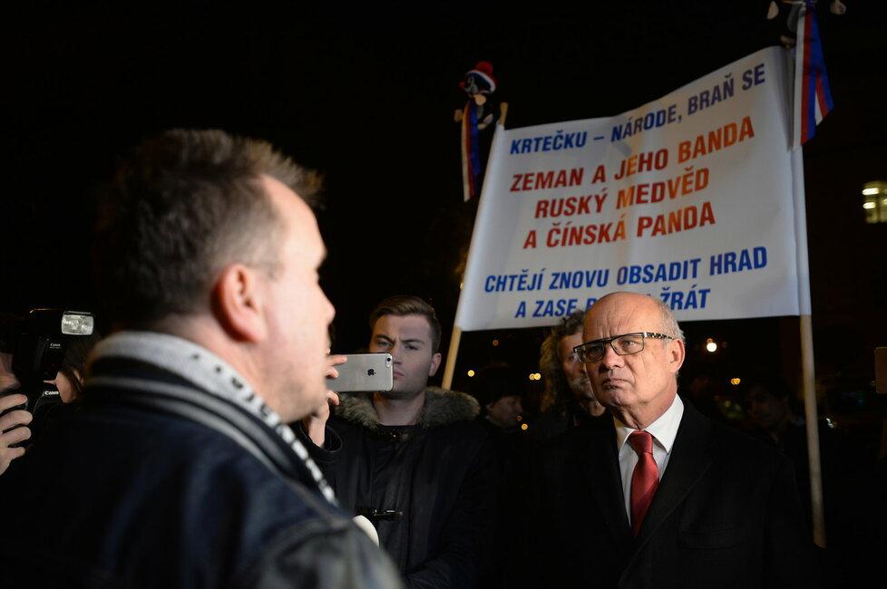 Poslední prezidentská debata: Michal Horáček před Rudolfinem