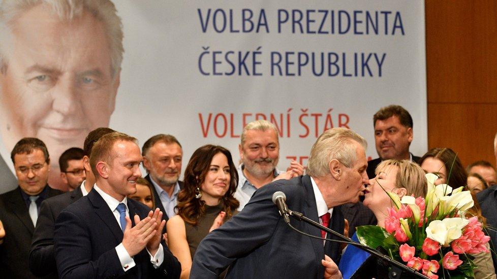 Tiskova Konference Milose Zemana Pote Co Obhajil Sve Vitezstvi V Prezidentske Volbe