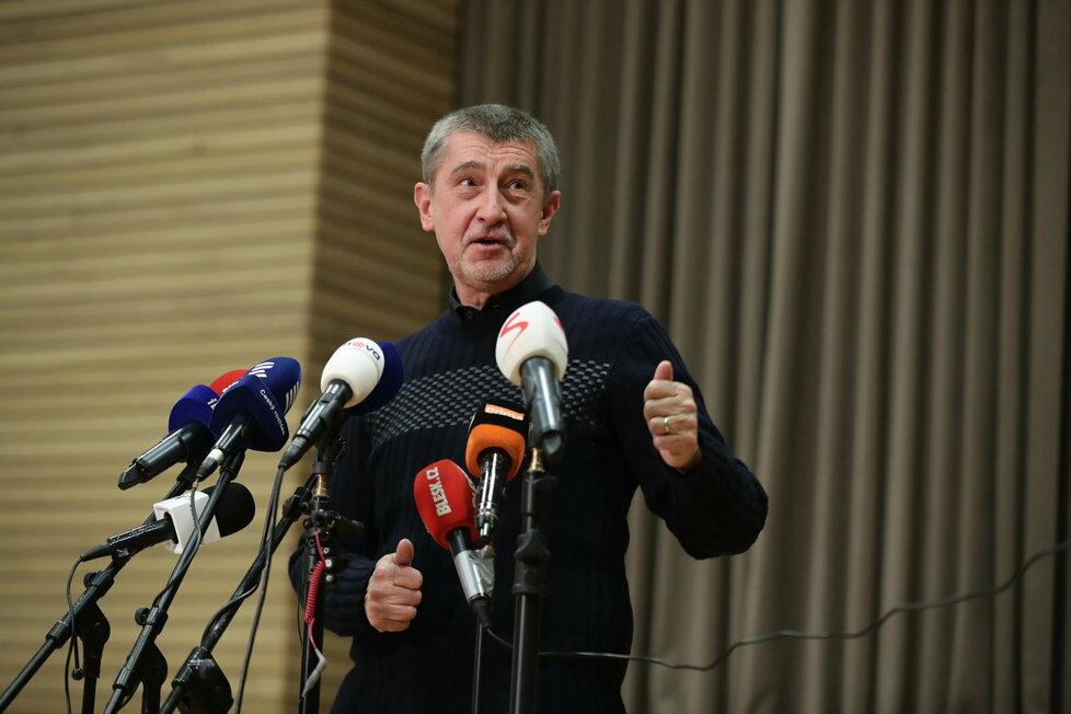 Andrej Babiš komentoval vítězství Miloše Zemana ve 2. kole prezidentských voleb v Sokolovně v Průhonicích
