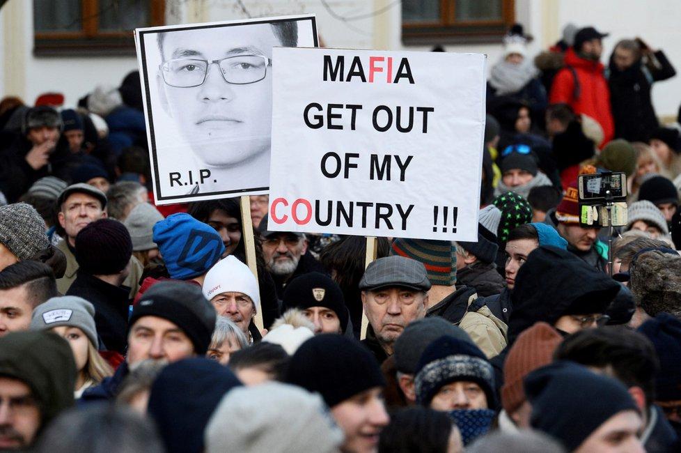 Protesty proti mafii a Robertu Ficovi za vraždu slovenského novináře Jána Kuciaka