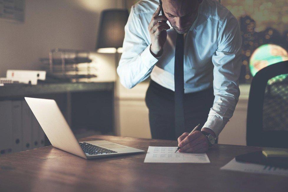 Práce přesčas? 7 nejčastějších otázek zaměstnanců k přesčasům. (Ilustrační foto)