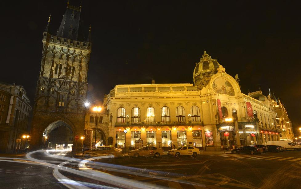 Obecní dům je rovněž jednou z dominant Prahy. Reprezentuje její secesní památkovou tvář.