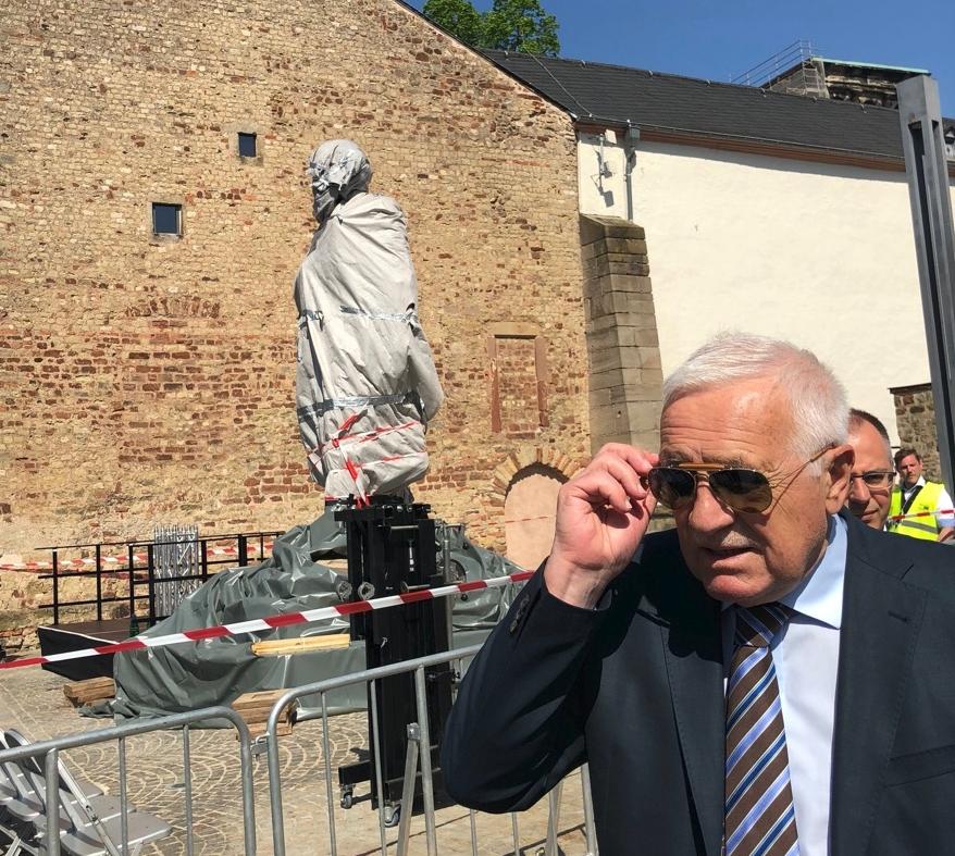 Václav Klaus u pomníku Marxe ve městě Trevír