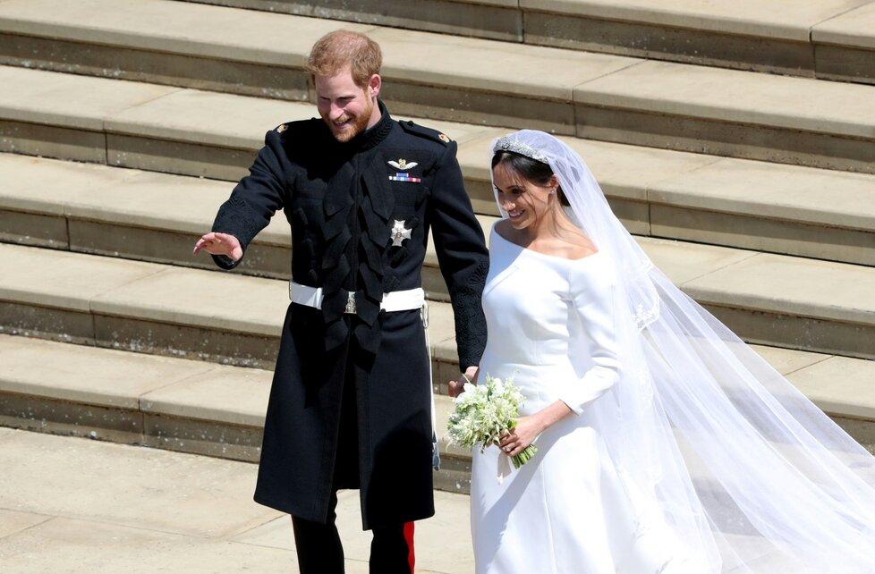 První společná projížďka novomanželů ulicemi Windsoru