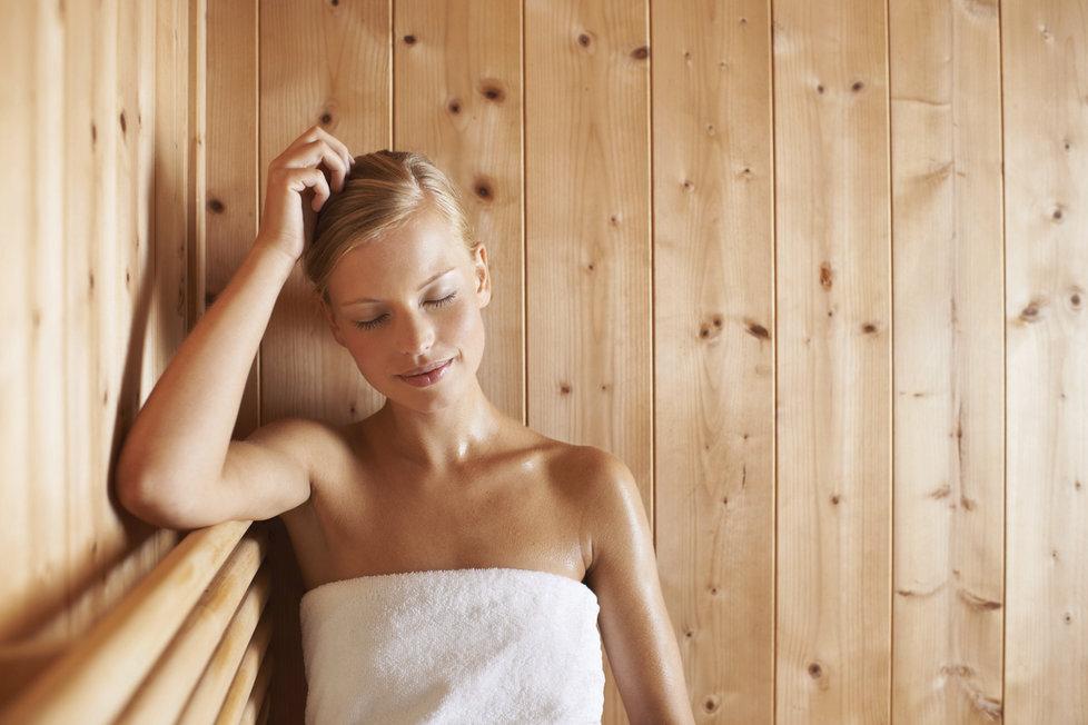 Sauna v létě: Co může udělat s vaším zdravím a kdy do ní