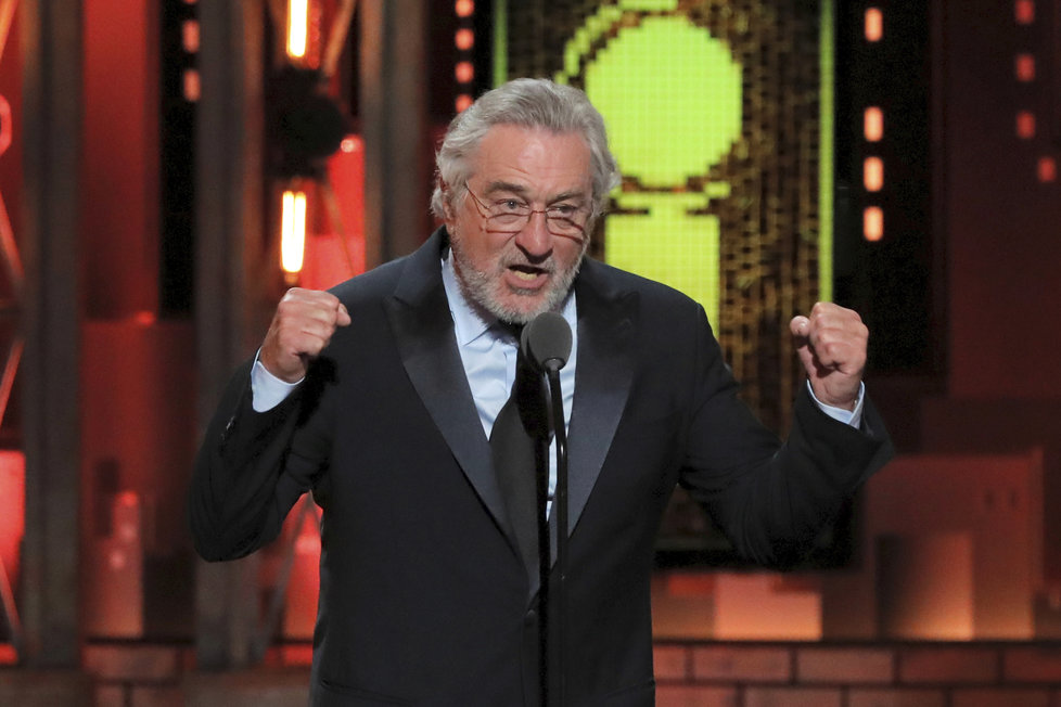 Do Trumpa se ostra pustil herec Robert De Niro