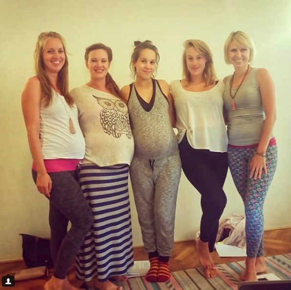 Těhotné herečky Kristýna Leichtová, Míša Tomešová a Aneta Krejčíková absolvovaly kurz hypnoporodu.