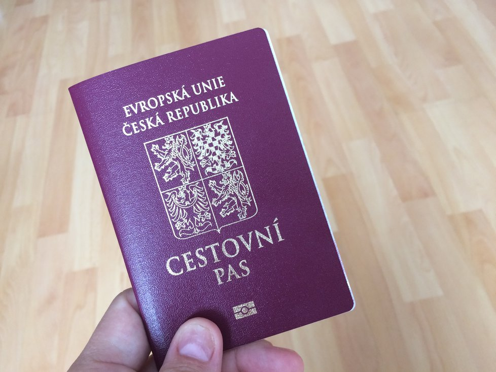 Zkontrolujte si platnost pasu.
