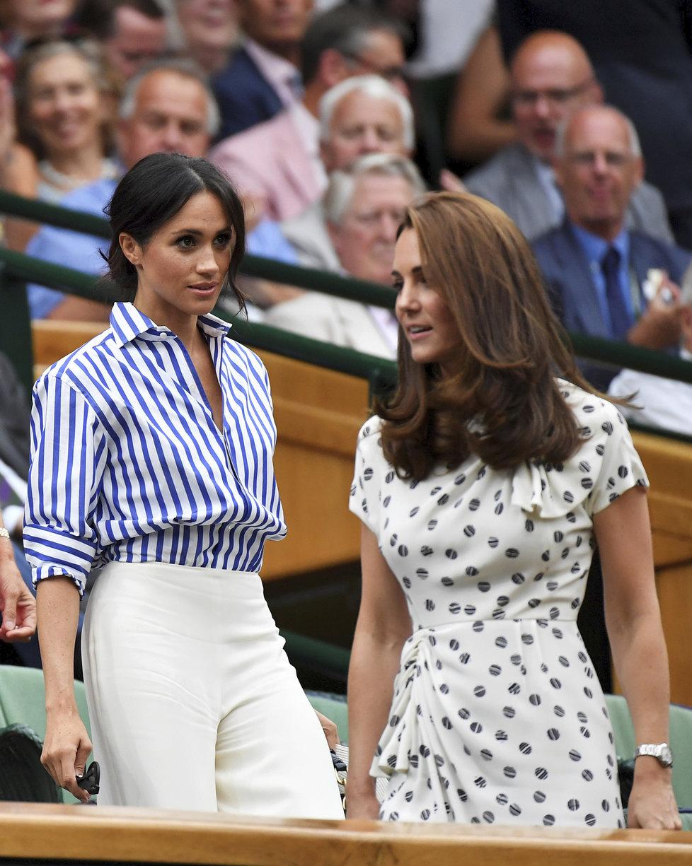 Meghan a Kate společně na tenisovém zápase