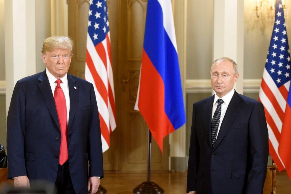 Donald Trump a Vladimir Putin na summitu v Helsinkách (16. 7. 2018)