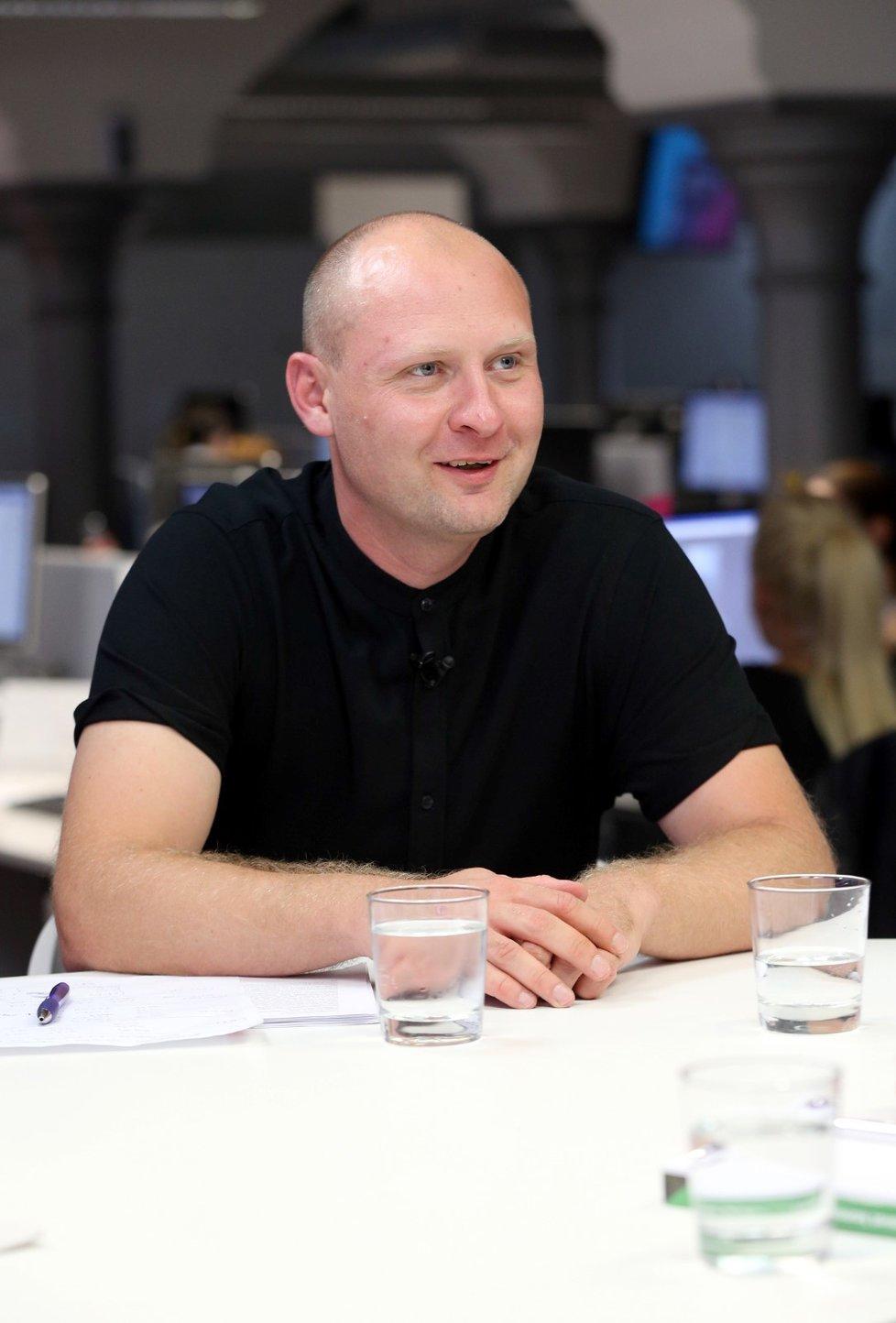 První kolo na Praze 8 ovládl Lukáš Wagentnecht (Piráti) se ziskem 18,15 procenta hlasů.