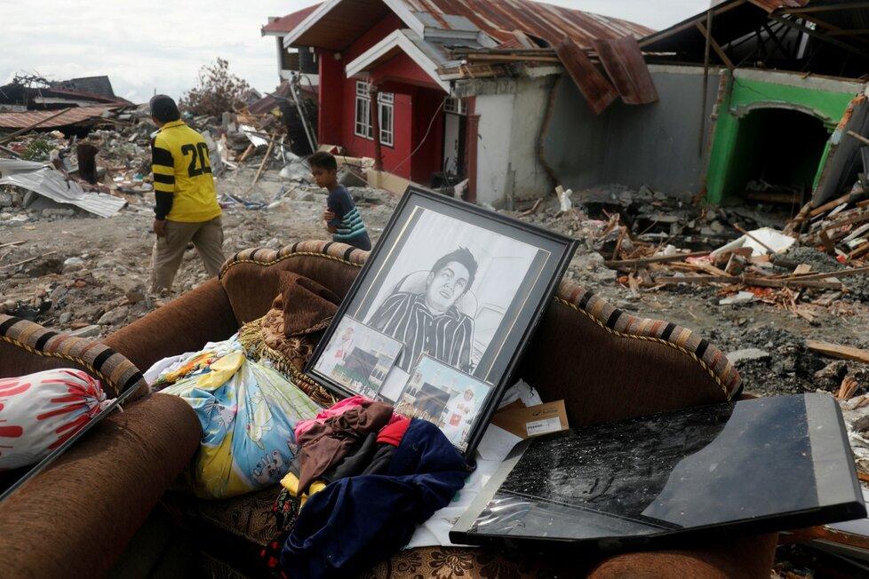 Zemětřesení na indonéské Jávě zabilo tři lidi, otřesy i na Bali