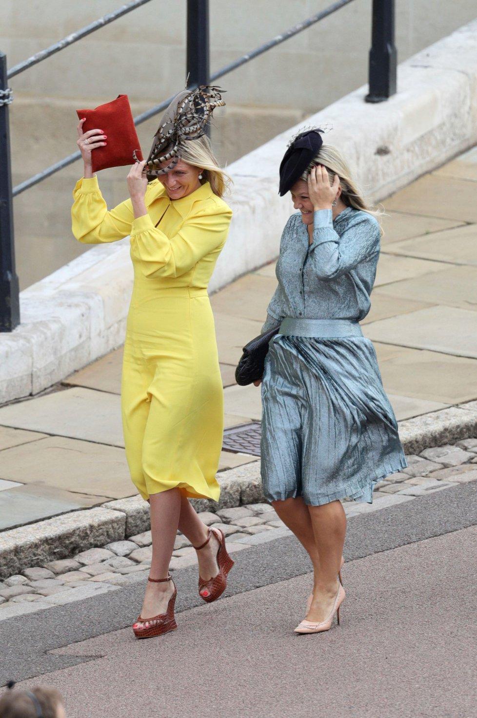 Hosté přicházejí na svatbu princezny Eugenie.