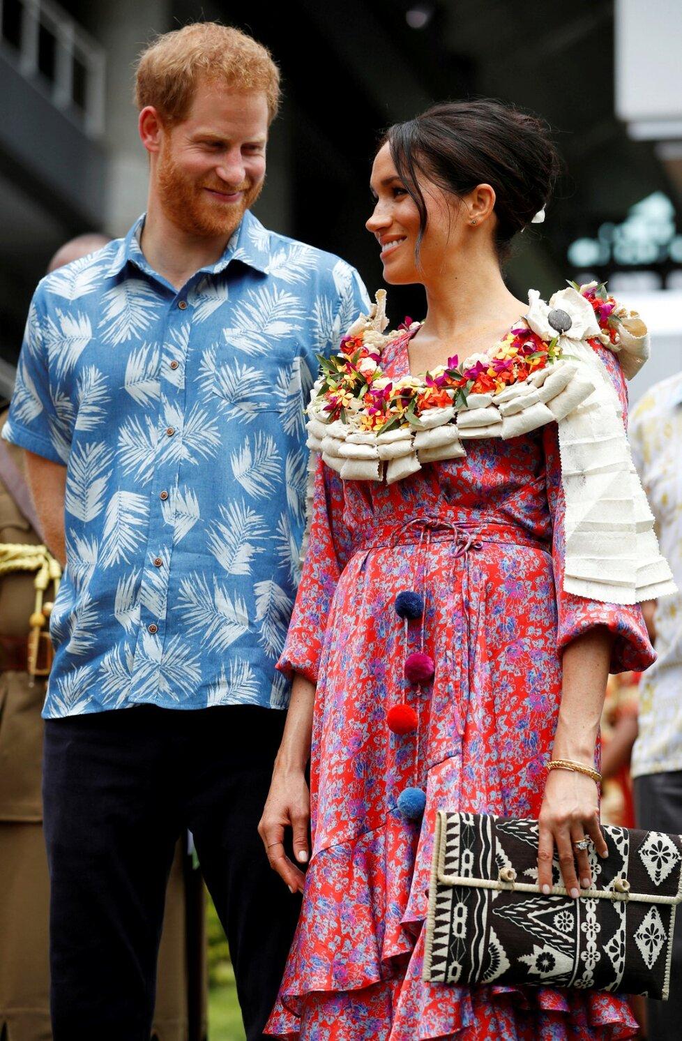 Princ Harry a Meghan Markle na oficiální návštěvě na ostrově Fiji.