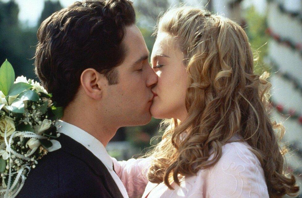 1995 – Paul Rudd v romantické komedii Praštěná holka