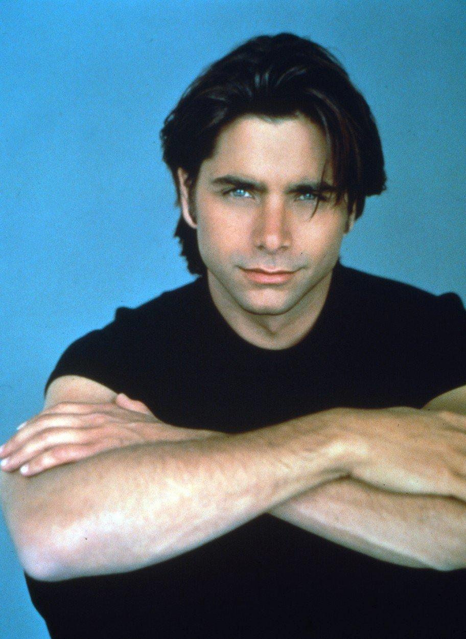 1993 – John Stamos byl nejvíc sexy strejda ze seriálu Plný dům.