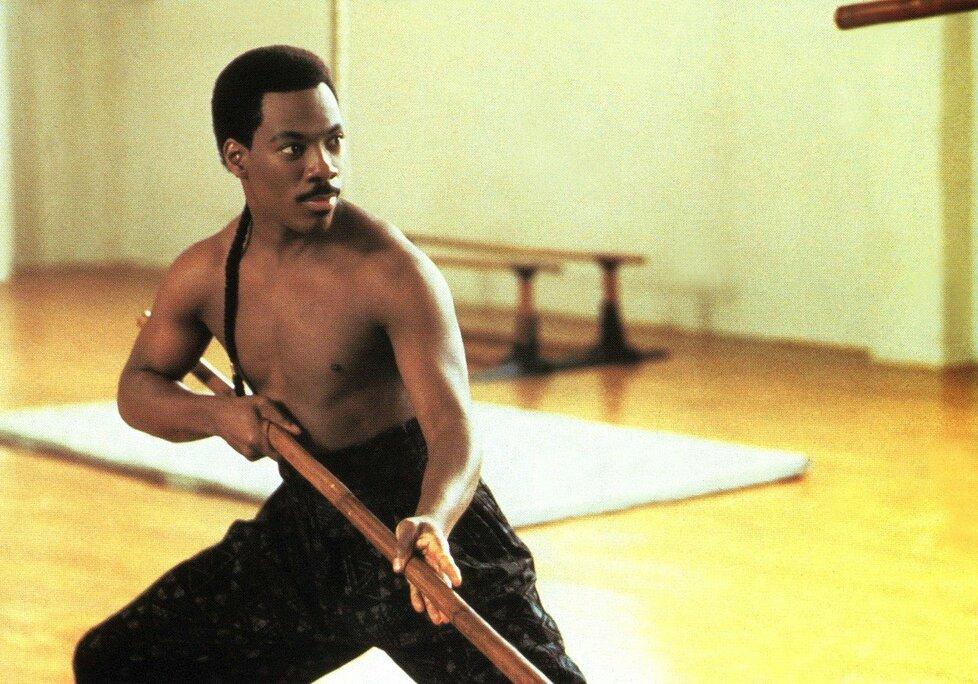 1988 – Eddie Murphy okouzlil ve filmu Cesta do Ameriky