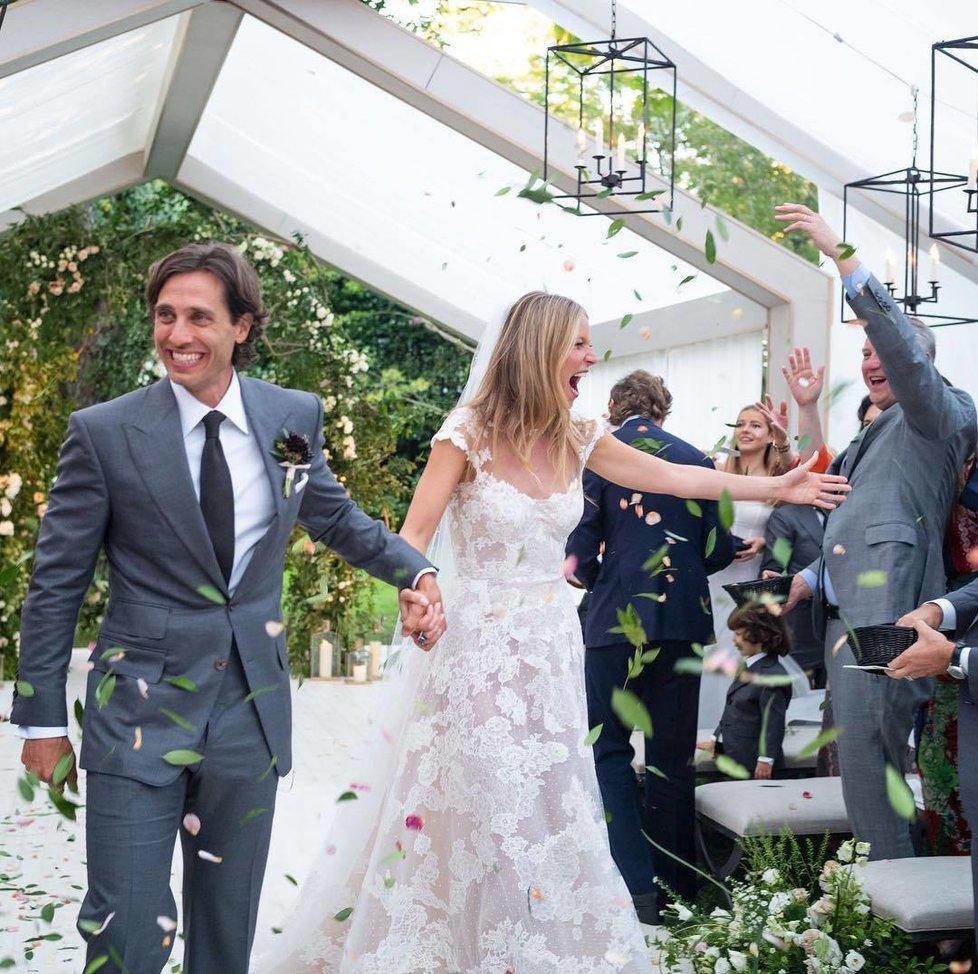 Gwyneth Paltrow se vdala za svého snoubence Brada Falchuka