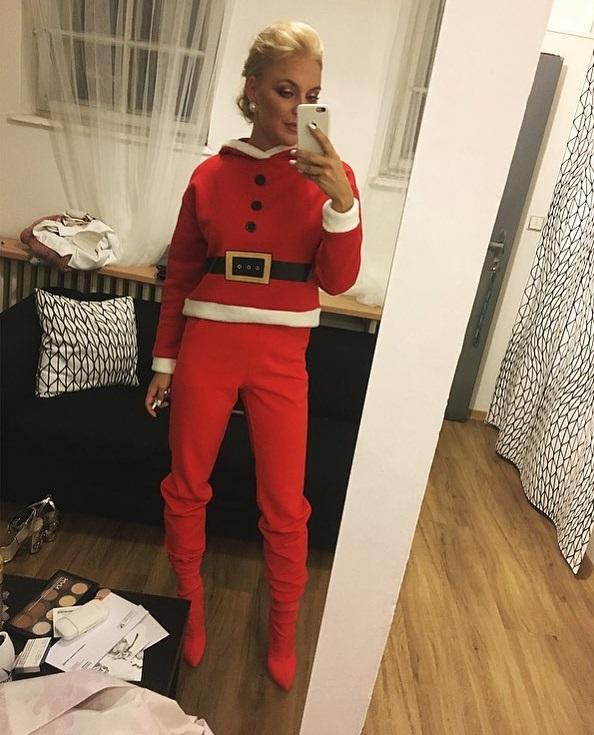 Markéta Konvičková jako sexy Santa Claus