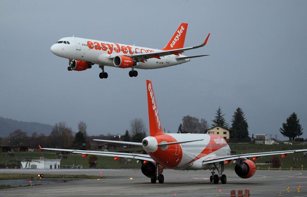 Letadla společnosti easyJet.
