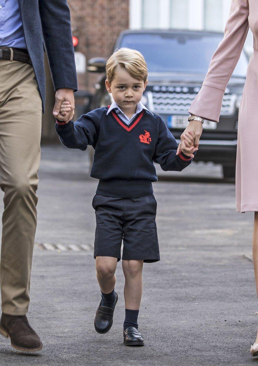 Princ George ve svůj první školní den