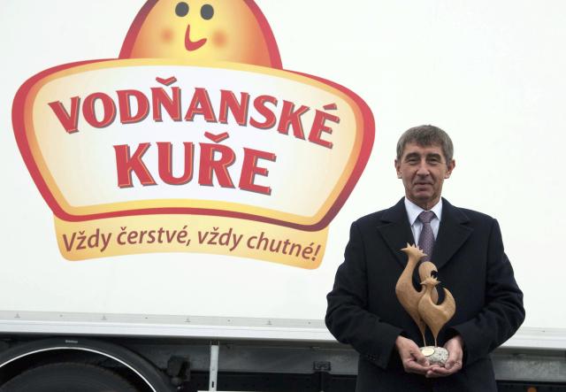 Andrej Babiš v závodě Vodňanské kuře, který vlastní přes koncern Agrofert (listopad 2013)