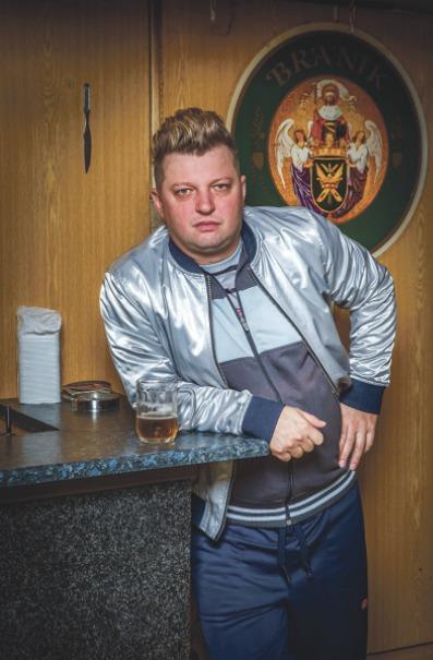 Michal Isteník jako impotentní hostinský Eda.