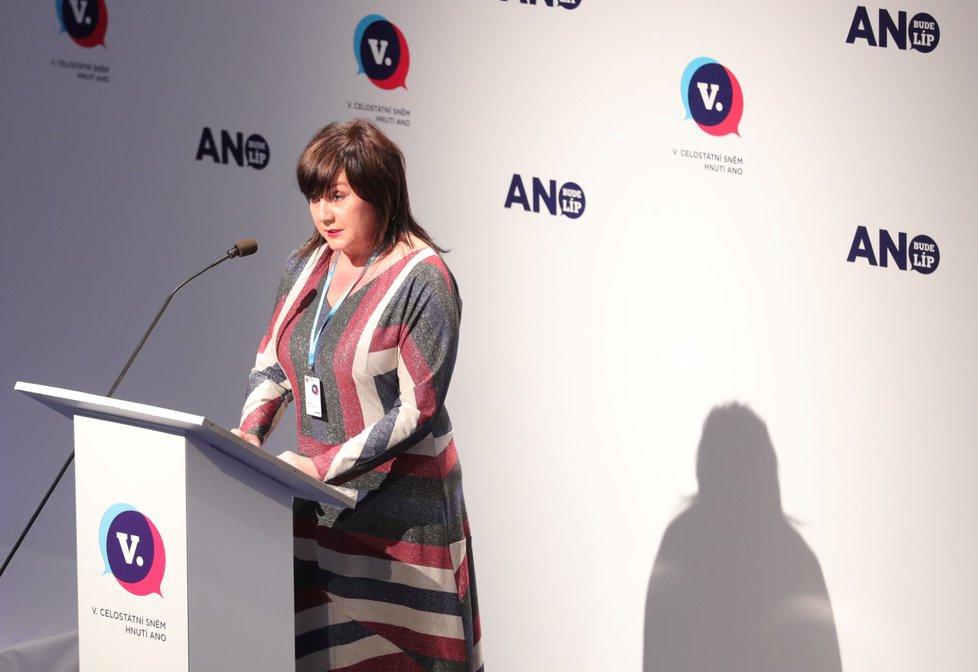 Své priority i splněné úkoly představila na sněmu i ministryně financí Alena Schillerová(17. 2. 2019)