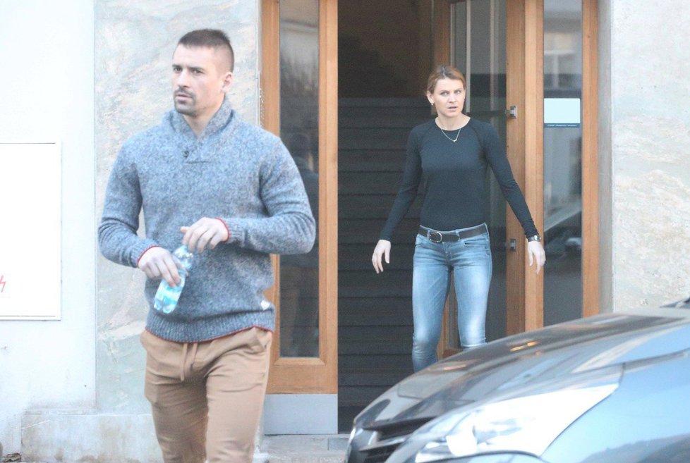Tomáš Plekanec a Lucie Šafářová připravovali společně nový byt v Praze.