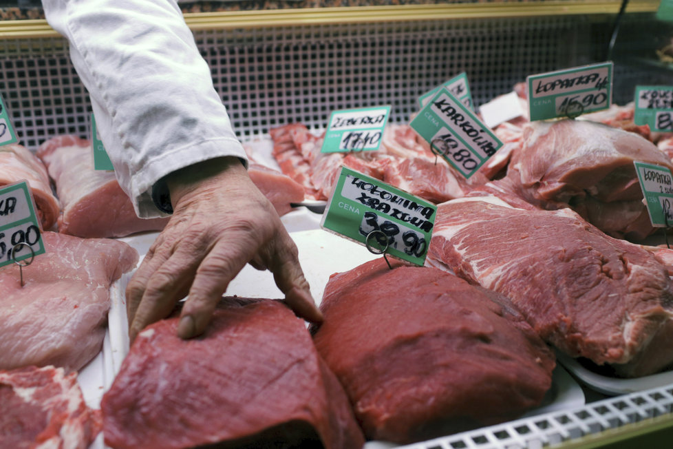 Dovoz problémového masa poslední měsíc hýbe děním v Polsku, odkud se k nám dováží tisíce tun.