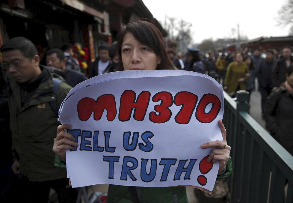 Záhada letu MH370, který před 5 lety beze stopy zmizel, pokračuje. (4. 3. 2019)