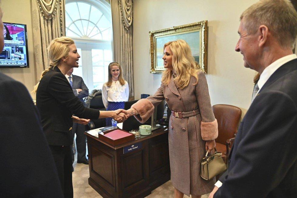 Premiér Andrej Babiš s manželkou Monikou se v Bílém domě setkali i s dcerou prezidenta Ivankou Trumpovou