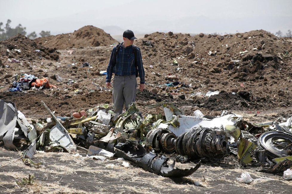 Při tragédii Boeingu 737 MAX 8 vyhaslo 157 životů